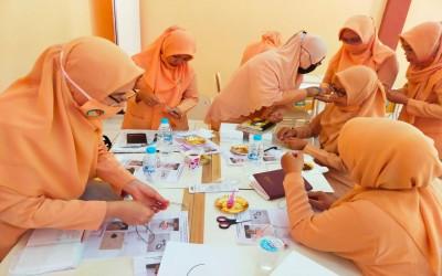 Rapat Pengurus dan Pelatihan Pembuatan Master DWP Cabdin Bondowoso