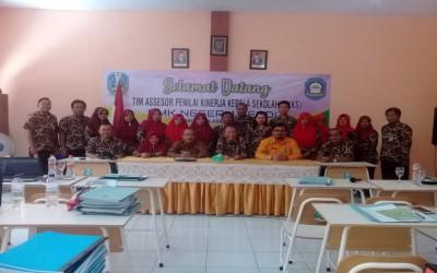 Penilaian Kinerja Kepala Sekolah di SMKN 1 Kendit