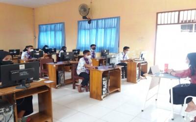 Pelaksanaan Asesmen Nasional Berbasis Komputer SMK Negeri 1 Kendit Tahun Pelajaran 2021/2022